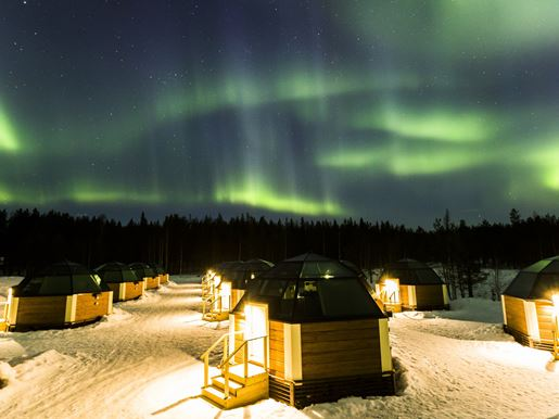 Northern lights and glass igloos 1.jpg