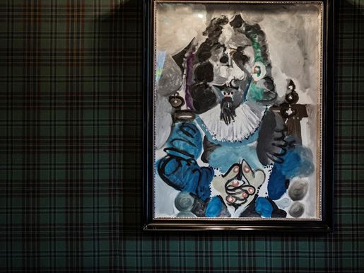 The Fife Arms, Braemar Pablo Picasso Painting 'Mousquetaire Assis', Photo Credit Sim Canetty Clarke