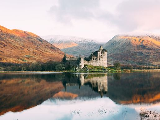 Kilchurn Castle_Connor Mollison_Unsplash