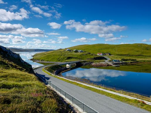 The Bridge To Muckle Roe From Mainland_Visit Scotland_Paul Tomkins